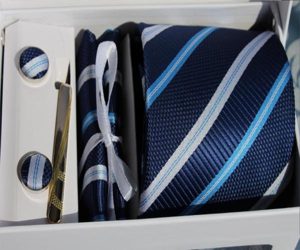 Krawatte mit Manschettenknöpfen, Einstecktuch und Nadel