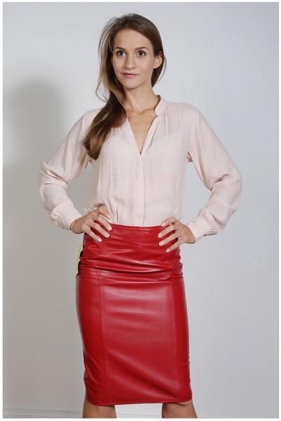 Luxus-Lederrock in der Farbe rot, Pencilskirt / Bleistiftrock, Grösse 50