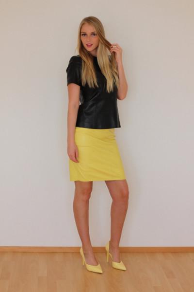 Luxus-Lederrock in der Farbe gelb, Grösse 36