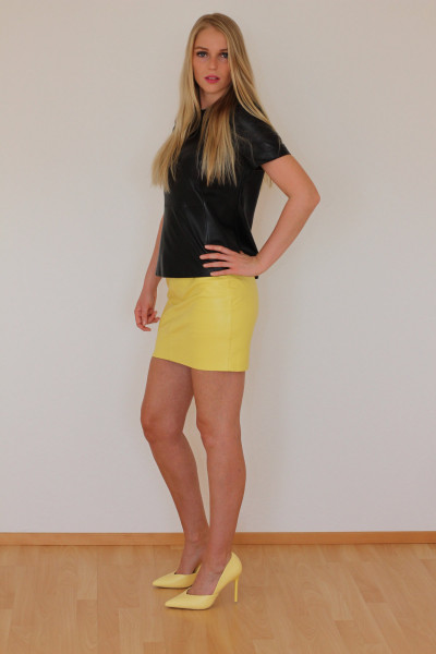 Mini - Lederrock in gelb, Größe 36, Nappaleder