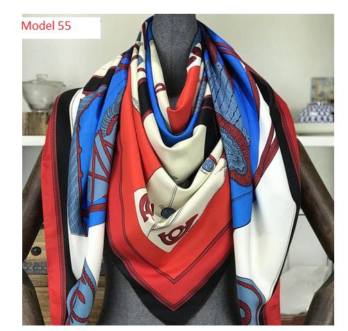 Model 55, Tuch 130 x 130 cm, mehrfarbig, Seidentwill
