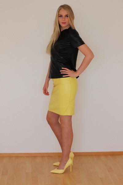 Luxus-Lederrock in der Farbe gelb, Grösse 46