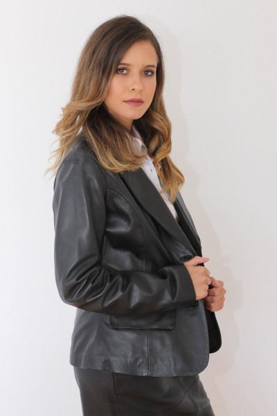 Taillierte Lederjacke in schwarz - Grösse L