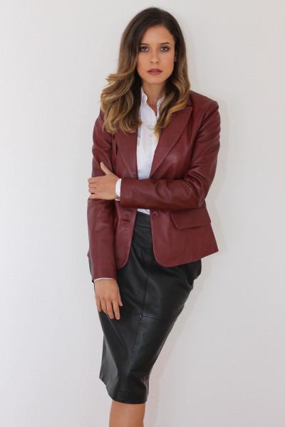 Taillierte Lederjacke in bordeaux - Grösse XL